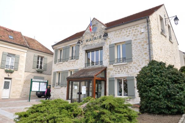Taxi Neuville-sur-Oise (95000)