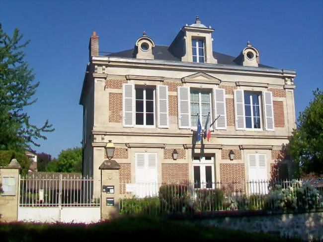 Taxi Wy-dit-Joli-Village (95420)